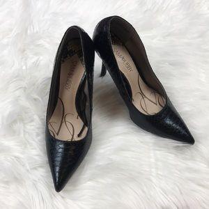 Sam & Libby Black Snake Skin Pointed Toe Heels 8